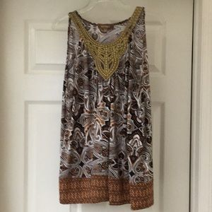 Ellen Tracey tunic with beautiful gold accent neck